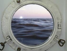 окно из подводной лодки фото